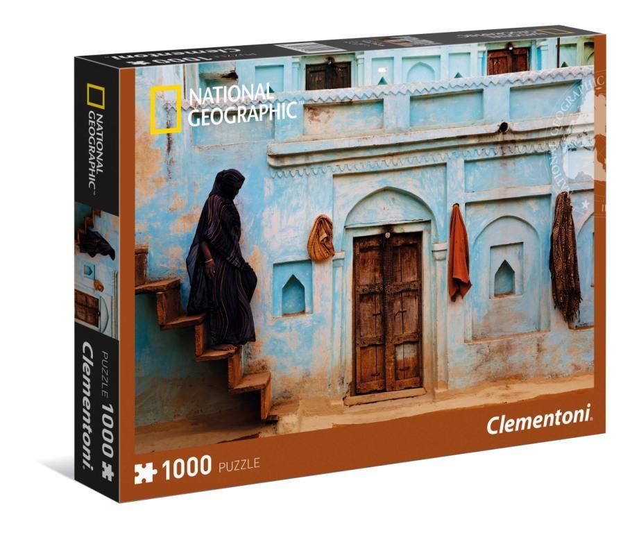 CLem.National Geographic.Пазл.1000 эл. 39311 Женщина у входа в хавели (n)